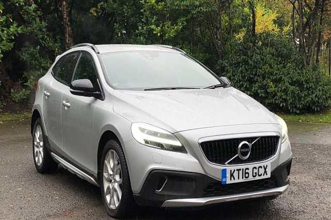 Volvo V40 2.0 TD D3 Cross Country Pro 5-Door Hatchback