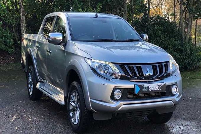 Mitsubishi L200 2.4 DI-D 4WD Warrior Double Cab Pickup